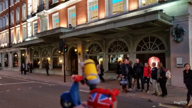 Heading past Fortnum & Mason... don't mind the direction of traffic!
